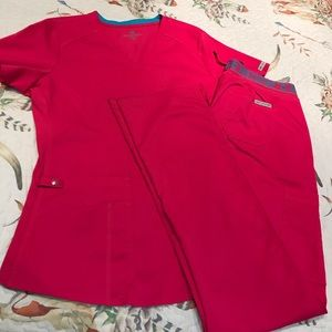 Med Couture Scrubs Set Small